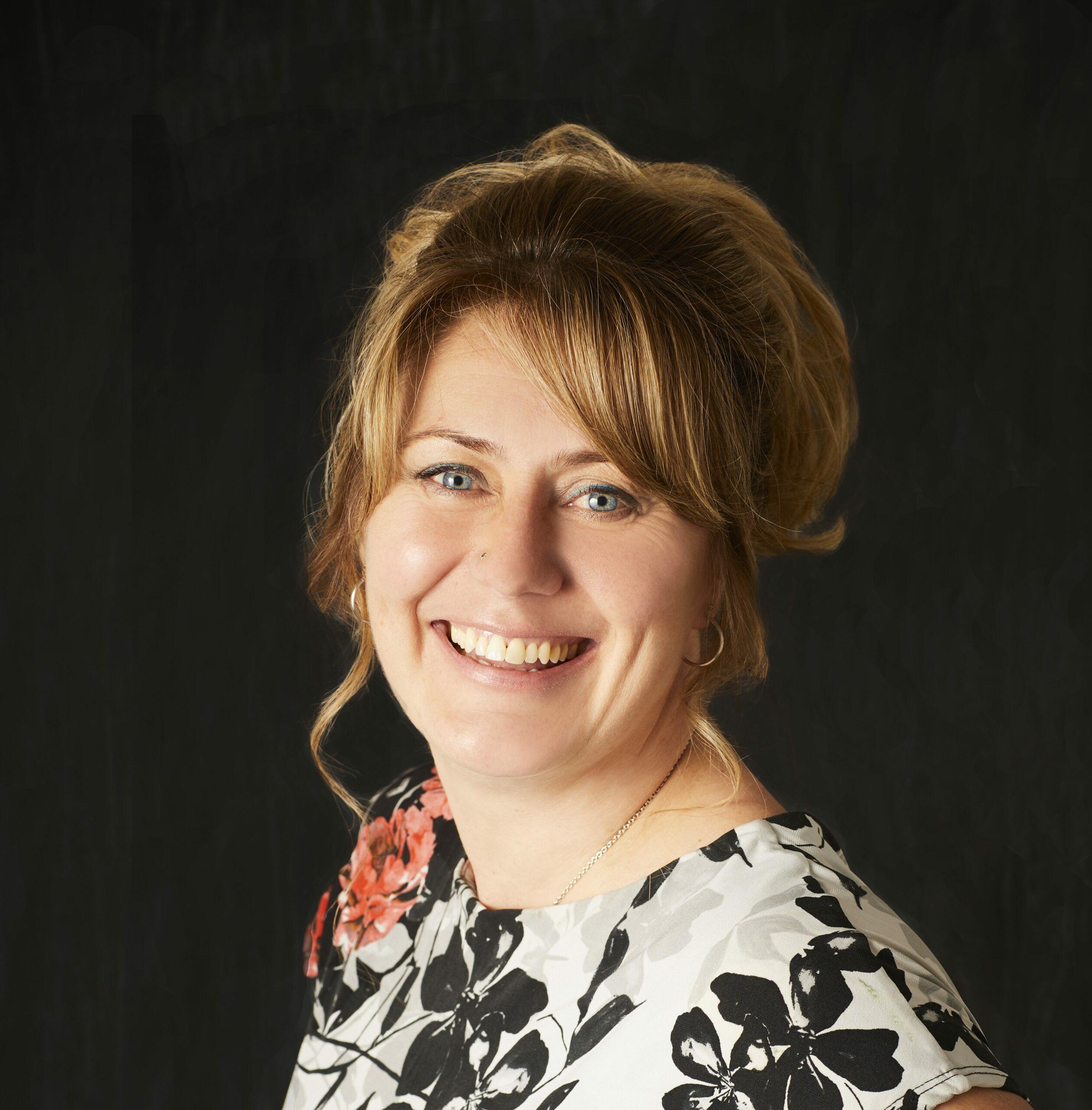 Paula Fifield Profile Image
